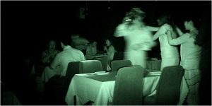 jantar às escuras