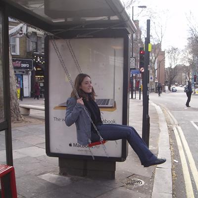 Lugares Improváveis: Brincadeira de rua, em Londres