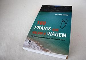 Livro 100 praias que valem a viagem