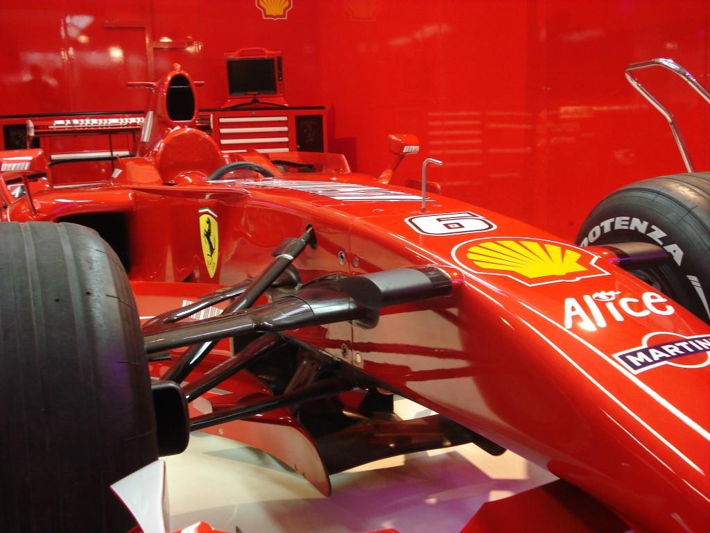 Um dos carros de Felipe Massa, expostos na Galeria. Foto: Adr.Ben