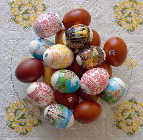 Tradição russa: ovos pintados a mão. Foto: Alex Kapranoff, Flickr