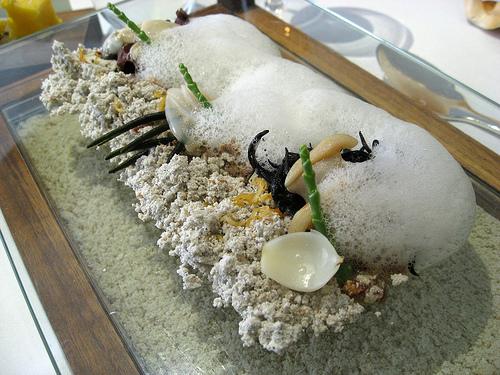 """Sound of the Sea"", um dos pratos do restaurante The Fat Duck, acompanha..."