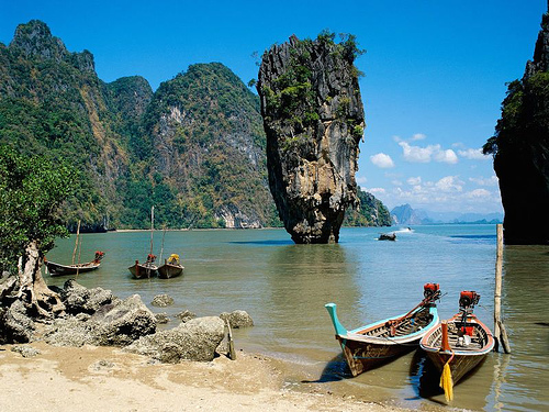 Phang Nga Bay, em Phuket. Foto: Shelby PDX, Flickr