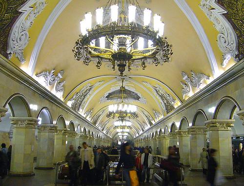 Estação Komsomolskaya, Moscou Foto: yeowatzup, Flickr