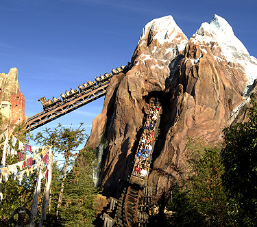 montanha russa Expedition Everest